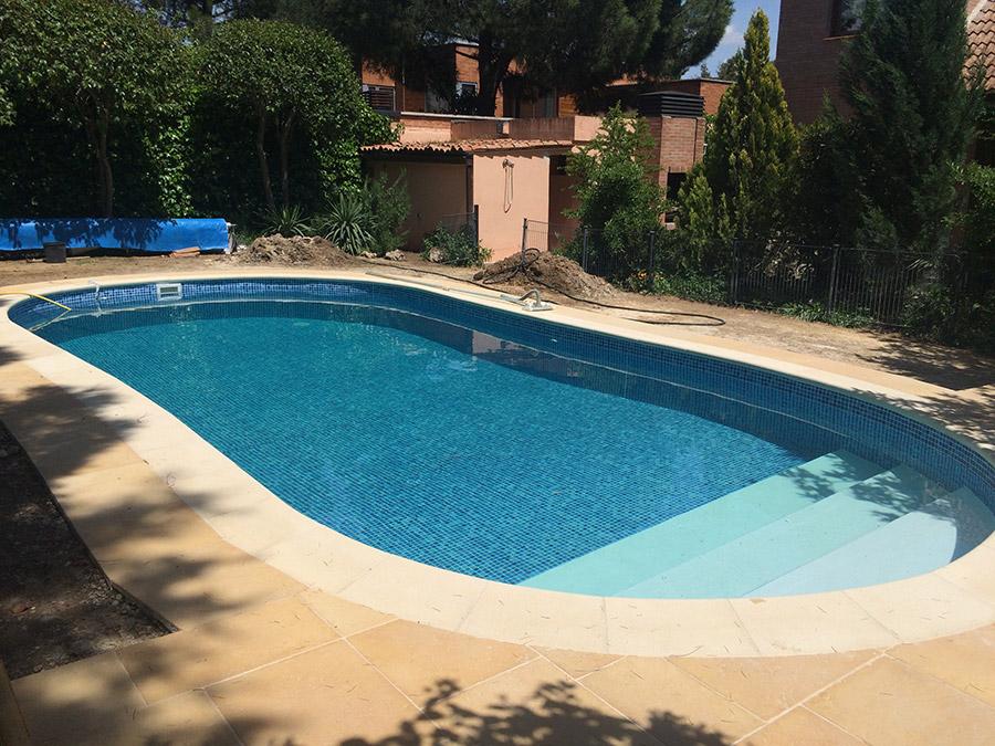 Reforma piscina familiar madrid 05 piscinas ci madrid for Piscinas madrid