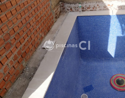 piscina-patio-pequeno-03